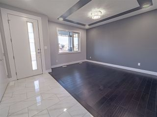 Photo 3: 2147 26 Street in Edmonton: Zone 30 House for sale : MLS®# E4174422