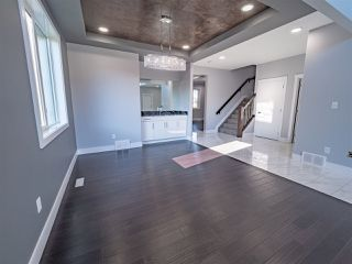 Photo 7: 2147 26 Street in Edmonton: Zone 30 House for sale : MLS®# E4174422