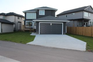 Photo 2: 2147 26 Street in Edmonton: Zone 30 House for sale : MLS®# E4174422