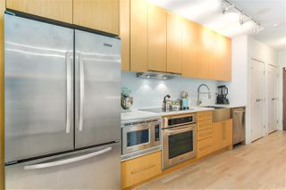 """Photo 6: 460 250 E 6TH Avenue in Vancouver: Mount Pleasant VE Condo for sale in """"DISTRICT"""" (Vancouver East)  : MLS®# R2443045"""