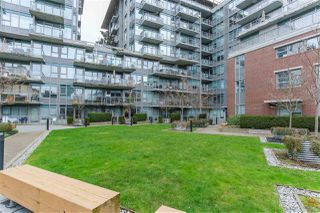 """Photo 14: 460 250 E 6TH Avenue in Vancouver: Mount Pleasant VE Condo for sale in """"DISTRICT"""" (Vancouver East)  : MLS®# R2443045"""