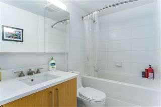 """Photo 10: 460 250 E 6TH Avenue in Vancouver: Mount Pleasant VE Condo for sale in """"DISTRICT"""" (Vancouver East)  : MLS®# R2443045"""