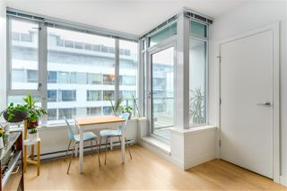 """Photo 4: 460 250 E 6TH Avenue in Vancouver: Mount Pleasant VE Condo for sale in """"DISTRICT"""" (Vancouver East)  : MLS®# R2443045"""