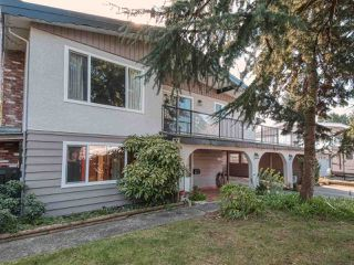 Photo 2: 1716 58 Street in Delta: Beach Grove House for sale (Tsawwassen)  : MLS®# R2445858