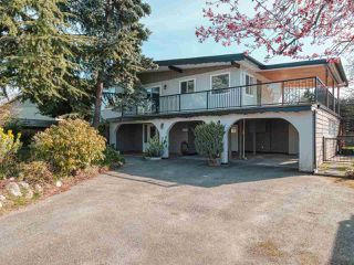 Photo 1: 1716 58 Street in Delta: Beach Grove House for sale (Tsawwassen)  : MLS®# R2445858