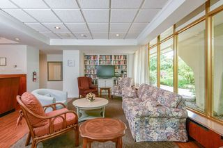 "Photo 25: 412 1425 ESQUIMALT Avenue in West Vancouver: Ambleside Condo for sale in ""Oceanbrook"" : MLS®# R2469530"