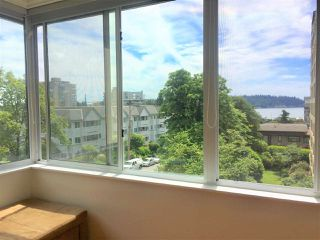 "Photo 11: 412 1425 ESQUIMALT Avenue in West Vancouver: Ambleside Condo for sale in ""Oceanbrook"" : MLS®# R2469530"