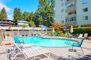 "Photo 27: 412 1425 ESQUIMALT Avenue in West Vancouver: Ambleside Condo for sale in ""Oceanbrook"" : MLS®# R2469530"