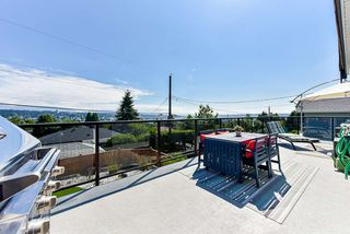 Photo 24: 905 SURREY Street in New Westminster: The Heights NW House for sale : MLS®# R2477837