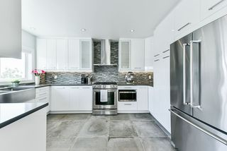 Photo 8: 905 SURREY Street in New Westminster: The Heights NW House for sale : MLS®# R2477837
