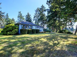 Photo 32: 825 Towner Park Rd in North Saanich: NS Deep Cove Single Family Detached for sale : MLS®# 821434