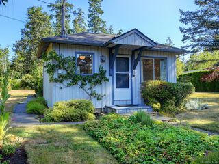 Photo 25: 825 Towner Park Rd in North Saanich: NS Deep Cove Single Family Detached for sale : MLS®# 821434