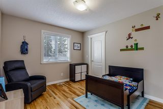 Photo 12: 1714 WESTMOUNT Road NW in Calgary: Hillhurst Detached for sale : MLS®# A1015517