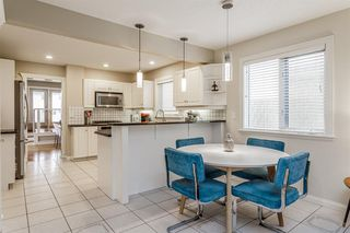 Photo 2: 1714 WESTMOUNT Road NW in Calgary: Hillhurst Detached for sale : MLS®# A1015517