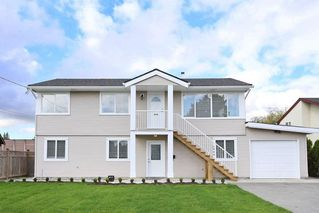 Main Photo: 4999 60A Avenue in Ladner: Holly House for sale : MLS®# R2493571