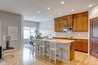 Photo 9: 4743 ELGIN Avenue SE in Calgary: McKenzie Towne Detached for sale : MLS®# A1036240