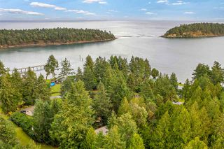 Photo 2: 511 ARBUTUS Drive: Mayne Island House for sale (Islands-Van. & Gulf)  : MLS®# R2518243