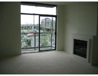 "Photo 4: 983 BEATTY Street in Vancouver: Downtown VW Townhouse for sale in ""NOVA"" (Vancouver West)  : MLS®# V672733"