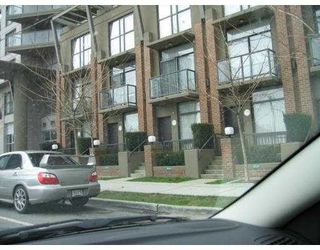 "Photo 1: 983 BEATTY Street in Vancouver: Downtown VW Townhouse for sale in ""NOVA"" (Vancouver West)  : MLS®# V672733"