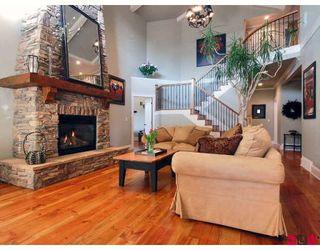 Photo 4: 16439 HIGH PARK AV in Surrey: House for sale : MLS®# Canterbury Lane