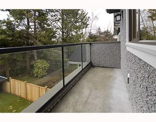 Photo 9: 4597 W 14TH AV in Vancouver: House for sale : MLS®# V750981
