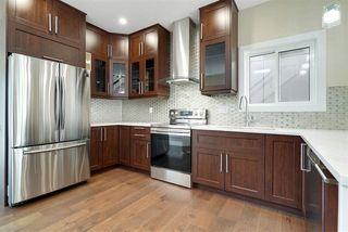 Photo 2: 11053 161 Street in Edmonton: Zone 21 House for sale : MLS®# E4167243