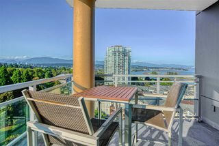 "Photo 3: 1202 280 ROSS Drive in New Westminster: Fraserview NW Condo for sale in ""The Carlyle"" : MLS®# R2396887"