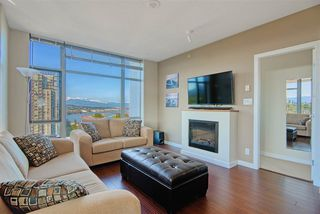 "Photo 7: 1202 280 ROSS Drive in New Westminster: Fraserview NW Condo for sale in ""The Carlyle"" : MLS®# R2396887"