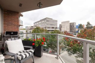 "Photo 12: 401 1575 W 10TH Avenue in Vancouver: Fairview VW Condo for sale in ""The Triton"" (Vancouver West)  : MLS®# R2404375"