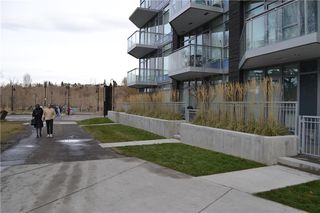 Photo 3: 102 108 2 Street SW in Calgary: Chinatown Apartment for sale : MLS®# C4289651