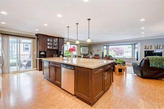 Photo 3: 20290 STANTON Avenue in Maple Ridge: Southwest Maple Ridge House for sale : MLS®# R2455980