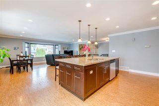 Photo 4: 20290 STANTON Avenue in Maple Ridge: Southwest Maple Ridge House for sale : MLS®# R2455980