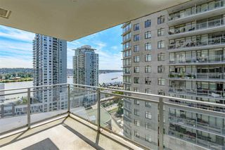 "Photo 6: 2010 892 CARNARVON Street in New Westminster: Downtown NW Condo for sale in ""AZURE II AT PLAZA 88"" : MLS®# R2461243"
