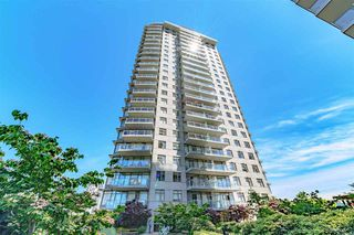 "Photo 1: 2010 892 CARNARVON Street in New Westminster: Downtown NW Condo for sale in ""AZURE II AT PLAZA 88"" : MLS®# R2461243"