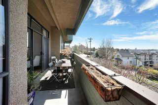"""Photo 5: 307 1516 CHARLES Street in Vancouver: Grandview Woodland Condo for sale in """"Garden Terrace"""" (Vancouver East)  : MLS®# R2463623"""