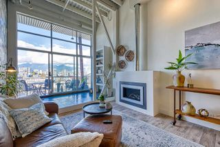 "Main Photo: 401 138 W 6TH Avenue in Vancouver: Mount Pleasant VW Condo for sale in ""CENTRO LOFTS"" (Vancouver West)  : MLS®# R2513088"