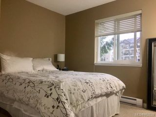 Photo 11: 210 4728 Uplands Dr in : Na Uplands Condo for sale (Nanaimo)  : MLS®# 862639