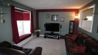 Photo 2: 1041 Redwood Avenue in Winnipeg: North End Residential for sale (North West Winnipeg)