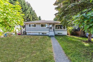 Photo 1: 8670 11TH Avenue in Burnaby: The Crest House for sale (Burnaby East)  : MLS®# R2400434