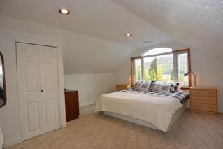 """Photo 13: 38685 FORESTRY POINT Road in Smithers: Smithers - Rural House for sale in """"Smithers Landing"""" (Smithers And Area (Zone 54))  : MLS®# R2408636"""
