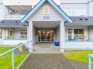 Photo 1: 109 1631 Dufferin Cres in NANAIMO: Na Central Nanaimo Condo for sale (Nanaimo)  : MLS®# 834938