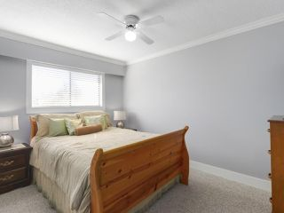 "Photo 11: 7510 MALTON Drive in Delta: Nordel House for sale in ""ROYAL YORK"" (N. Delta)  : MLS®# R2448645"