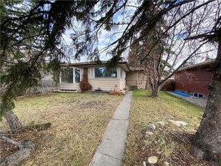 Photo 18: 96 HOLLYBURN Road SW in Calgary: Haysboro Detached for sale : MLS®# C4295874
