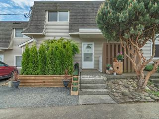 Photo 1: 28 270 Evergreen Rd in CAMPBELL RIVER: CR Campbell River Central Row/Townhouse for sale (Campbell River)  : MLS®# 839335
