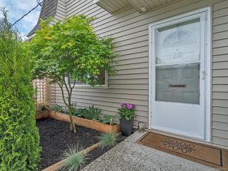 Photo 2: 28 270 Evergreen Rd in CAMPBELL RIVER: CR Campbell River Central Row/Townhouse for sale (Campbell River)  : MLS®# 839335
