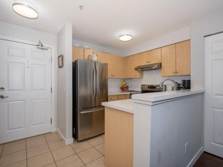 Photo 8: 2319 244 SHERBROOKE Street in New Westminster: Sapperton Condo for sale : MLS®# R2467926