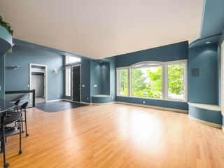 "Photo 6: 15980 HUMBERSIDE Avenue in Surrey: Morgan Creek House for sale in ""Morgan Creek"" (South Surrey White Rock)  : MLS®# R2474794"