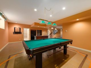 "Photo 29: 15980 HUMBERSIDE Avenue in Surrey: Morgan Creek House for sale in ""Morgan Creek"" (South Surrey White Rock)  : MLS®# R2474794"