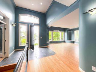 "Photo 2: 15980 HUMBERSIDE Avenue in Surrey: Morgan Creek House for sale in ""Morgan Creek"" (South Surrey White Rock)  : MLS®# R2474794"