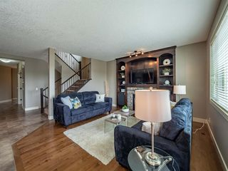 Photo 8: 72 ASPEN SUMMIT Drive SW in Calgary: Aspen Woods Detached for sale : MLS®# A1014381